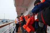 格陵蘭(1):演練一次下船動作,一定要穿救生衣。