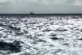 Grenevik(草屋)- Godafoss(上帝瀑布)-Mývatn (米湖) :全副武裝坐在甲板上吹著寒風...