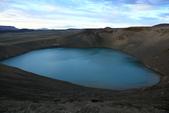 Grenevik(草屋)- Godafoss(上帝瀑布)-Mývatn (米湖) :背著相機、腳架辛苦爬上稜線,是值得的。