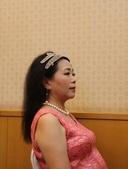 屏東-桃山會館:長女出閣第二場婚宴:074A2603新娘秘書Amber幫忙化妝.jpg