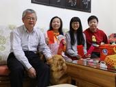 107年詩心媽咪家庭聚會:074A8433除夕收壓歲錢.jpg