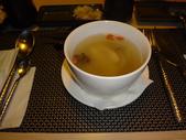 結婚35週年紀念-三鉄鐵板燒餐廳:DSC09377雞肉菇清湯.JPG