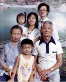 77年~105年家人活動團照:770827婆婆生日.jpg