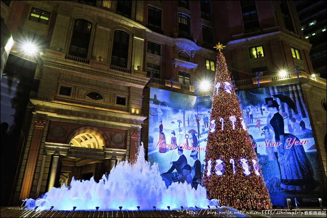 『 台北。文華精品THE ARCADE 』聖誕節限定。台北的大聖誕樹之一: