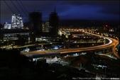 『 汐止。小南港山 』No.828。輕鬆即能到達拍夜景拍車軌的小山頭: