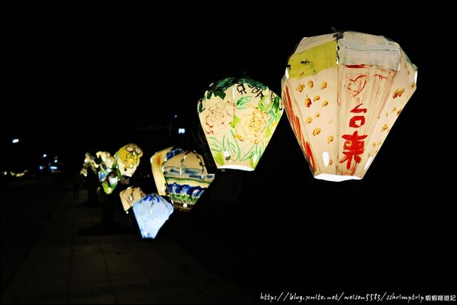 『 台東。鐵道藝術村x鐵花村 』夜晚逛文創、聽音樂、享悠閒的好去處慢市集: