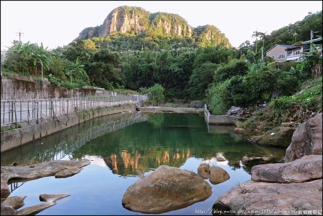 『 七堵。翠谷橋壺穴 』瑪陵坑秘境。嘆為觀止的山水景色: