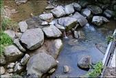 『 汐止。姜子頭山觀景台&仁愛橋下的石控子溪 』兒時記憶。汐平公路上的休憩點:
