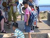 澎湖之旅─虎井嶼:014小乖非常有興趣的看