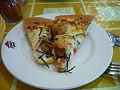 2880/4/11探訪雨濛&必勝客和風拂風味賞:必勝客本次主題pizza-辣味脆雞口味的樣子?!